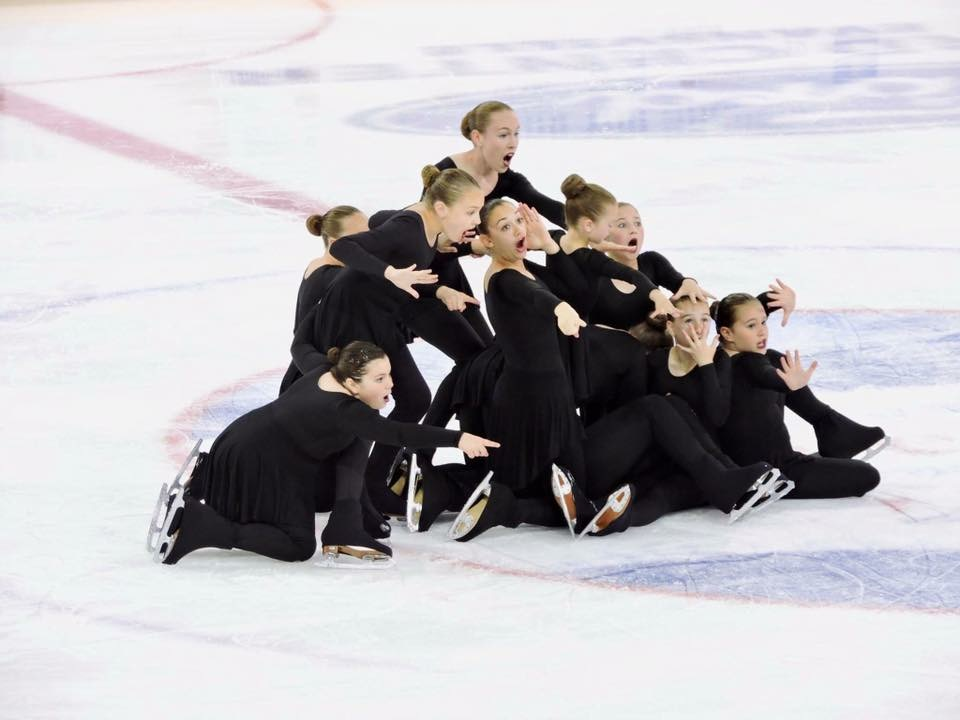 Crystal Blades Theatre on Ice team at US TOI Nationals 2017